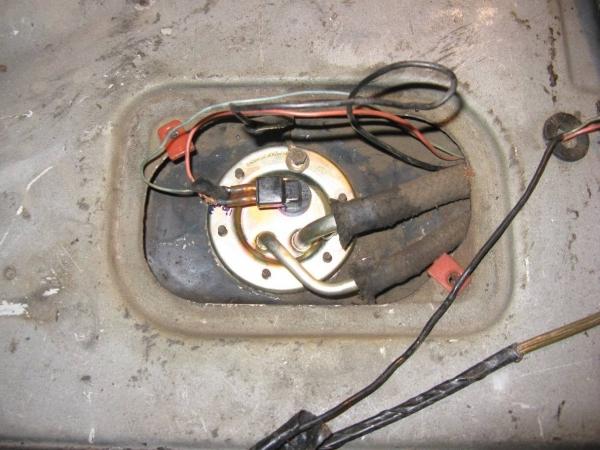 Датчик бензина на ВАЗ 2109 (карбюратор, инжектор)