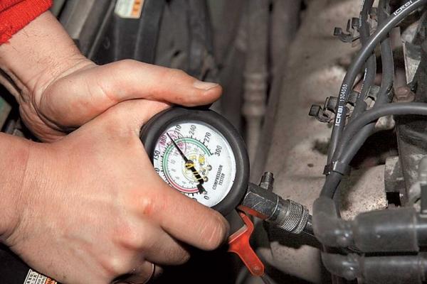 Как проверить компрессию в двигателе ВАЗ 2110? (Видео)