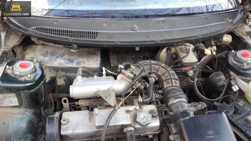 Причины появления черной лужи, ремонт радиатора, установка свечей на ВАЗ 2110.