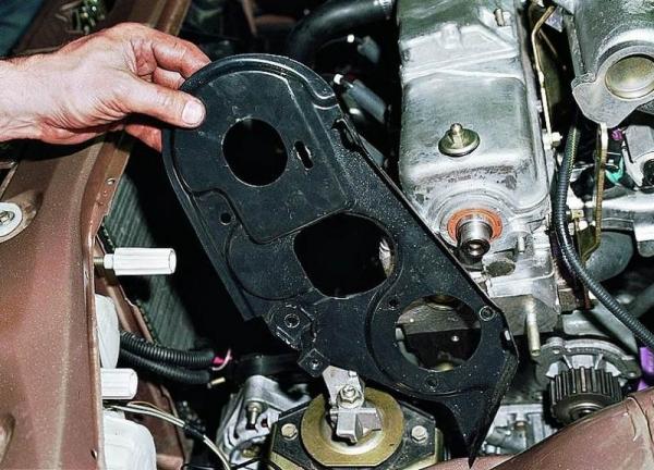 Самостоятельная замена помпы на ВАЗ 2110 (8 и 16 клапанов)
