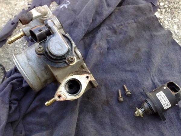 Замена датчика холостого хода на ВАЗ 2109 (инжектор, карбюратор)