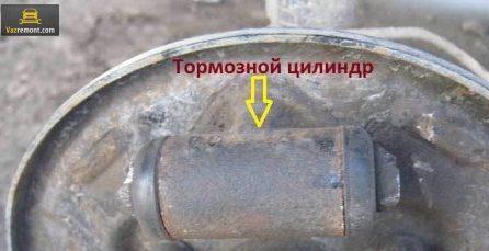 Замена тормозных шлангов, жидкости и заднего цилиндра ВАЗ 2110