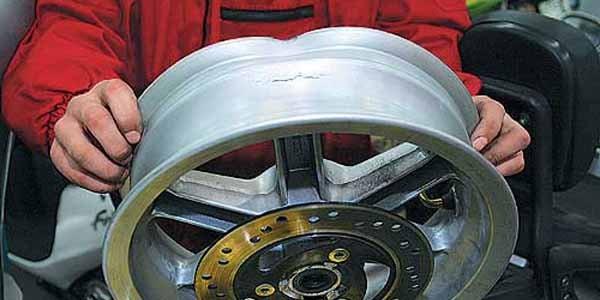 Чем грозит погнутый диск
