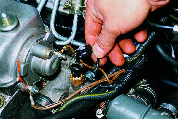 Греется двигатель на ВАЗ 2114?