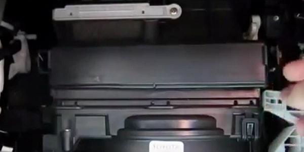 Из чего сделан фильтр салона