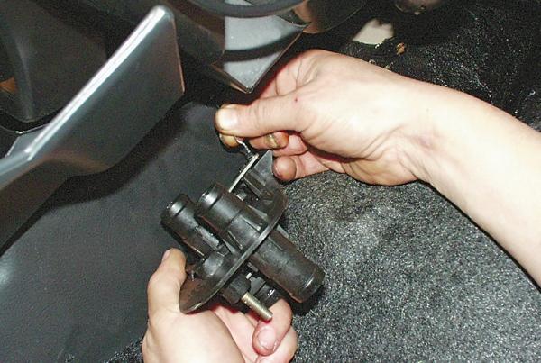 Как самому поменять кран печки на ВАЗ 2109
