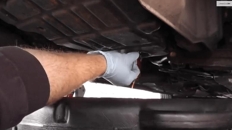 Когда менять масло в АКПП на Nissan