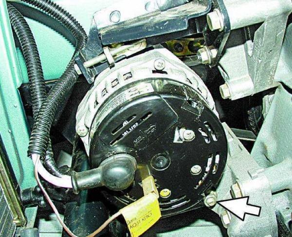 Натяжка и замена ремня генератора на ВАЗ 2110 своими руками