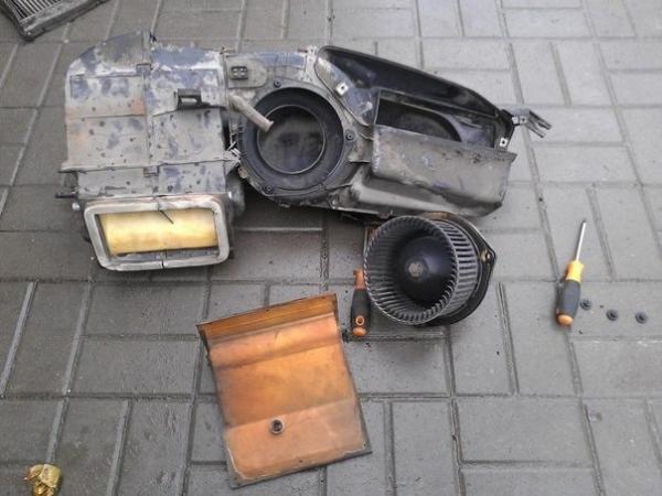 Не работает заслонка печки на ВАЗ 2110: причины и самостоятельный ремонт