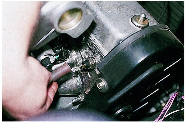 Замена датчика давления масла на ВАЗ 2114