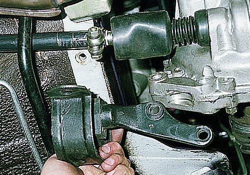 Замена опоры двигателя на ВАЗ 2109