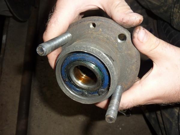 Замена переднего и заднего ступичного подшипника на ВАЗ 2114