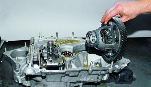Замена сальника коробки передач ВАЗ 2114