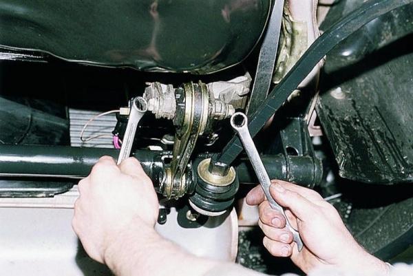 Замена всех подушек двигателя на ВАЗ 2110