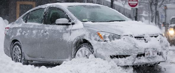 Как открыть замерзшую дверь автомобиля? Что делать, если замерзает замок двери?
