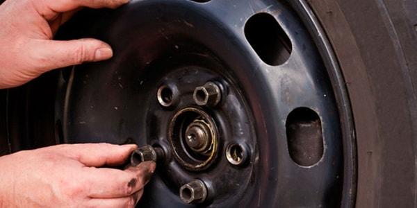 Как правильно затягивать колесные болты
