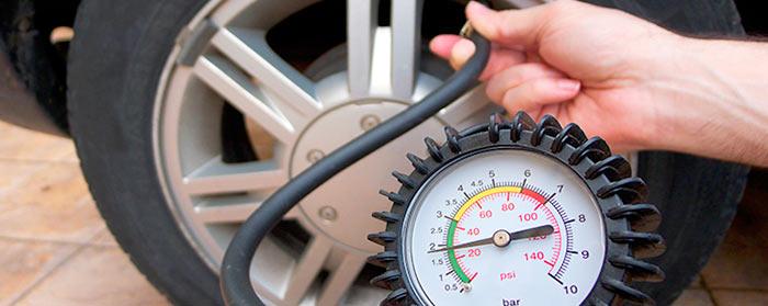 Какое должно быть давление в шинах зимой
