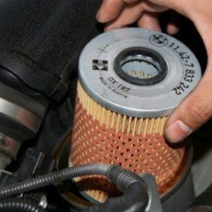 Масляный фильтр: где находится, как часто менять и как выбрать
