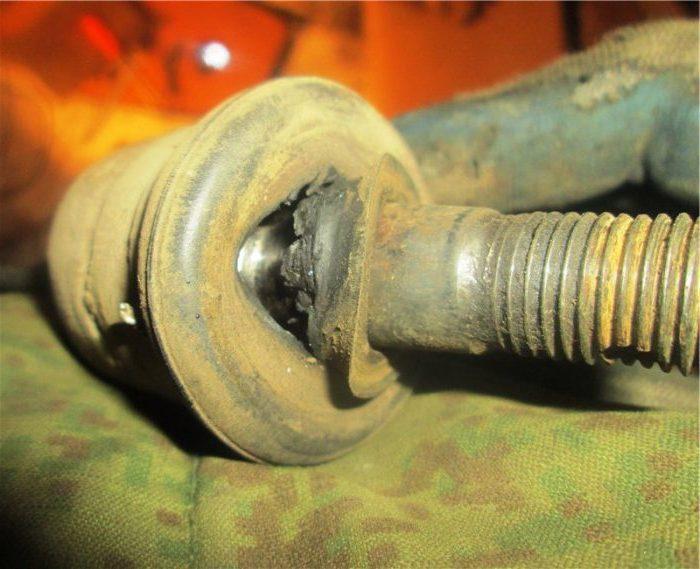 Основные причины износа рулевых наконечников