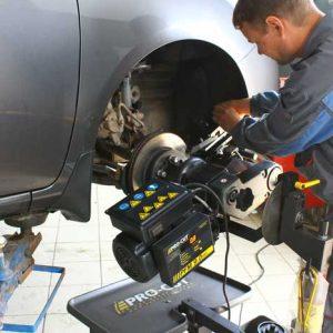 Проточка тормозных дисков со снятием и без снятия с автомобиля