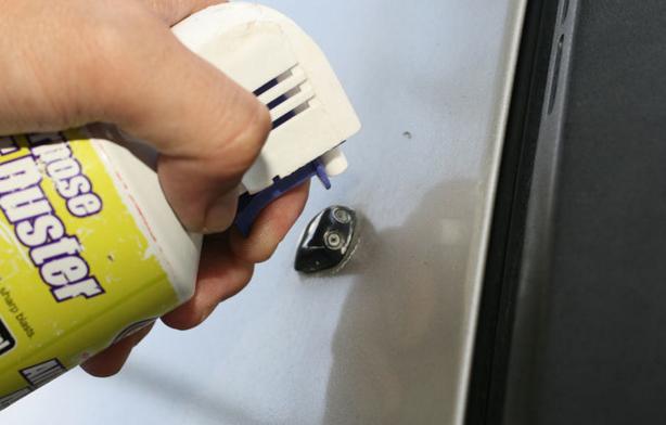 Форсунки омывателя лобового стекла: замена, чистка, выбор