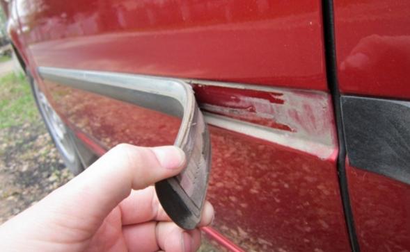 Молдинг на двери автомобиля: как снять, установить, зачем нужен