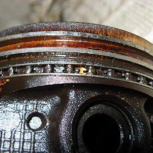 Повышается уровень масла в двигателе